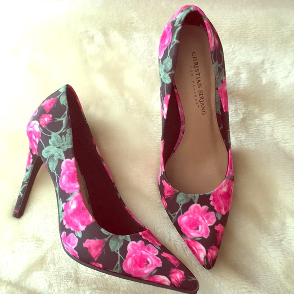 55c8c35c98a NIB CHRISTIAN SIRIANO FOR PAYLESS FLORAL HEELS